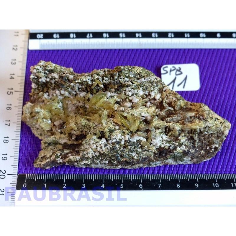 Titanite  Sphène brute sur gneiss 252 gr SUPERBE Brésil