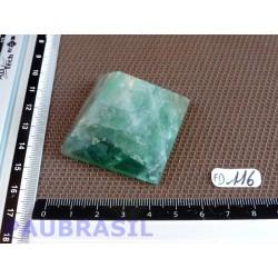 Pyramide en Fluorite ou fluorine verte 89gr 42mm base .